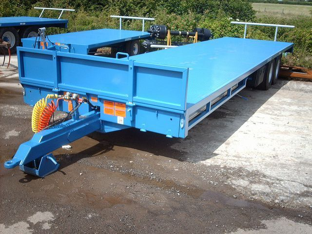 blue low loader