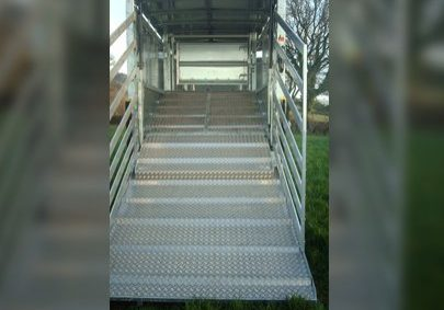 cattle trailer ramp